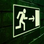 Pourquoi investir dans une signalétique photoluminescente?